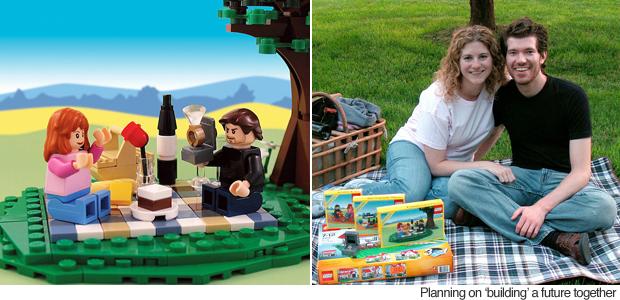 lego-wedding-proposal-couple-picnic